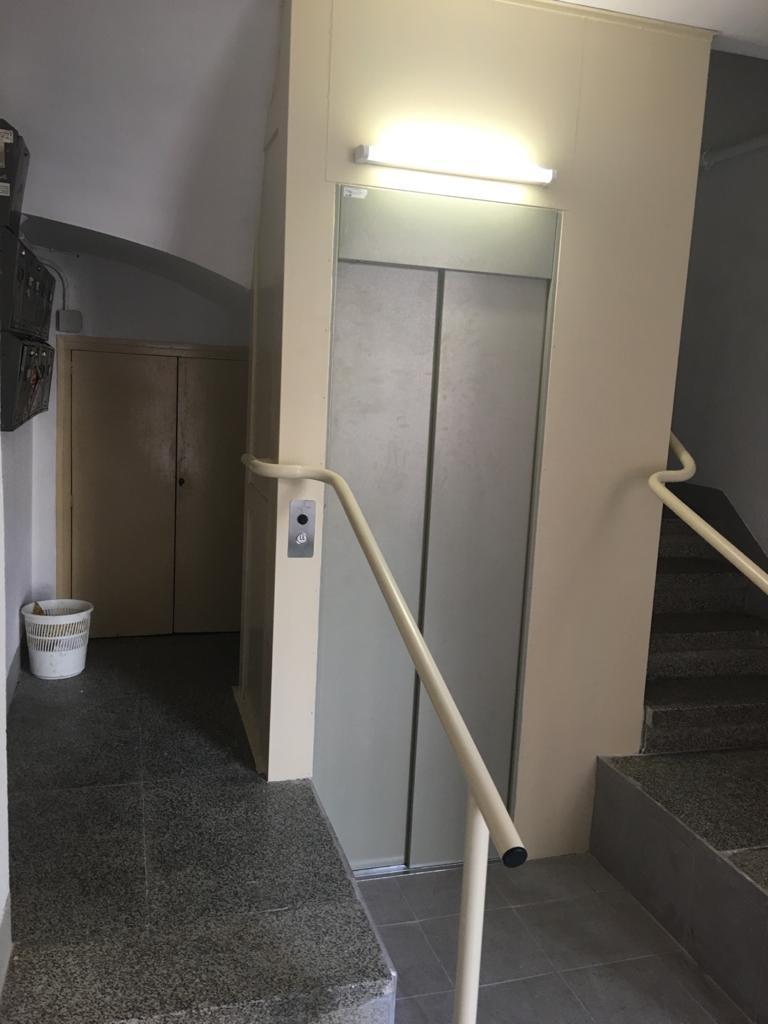 Rehabilitación de edificios antiguos - Ascensores a medida